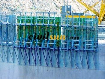 Concrete mold dam